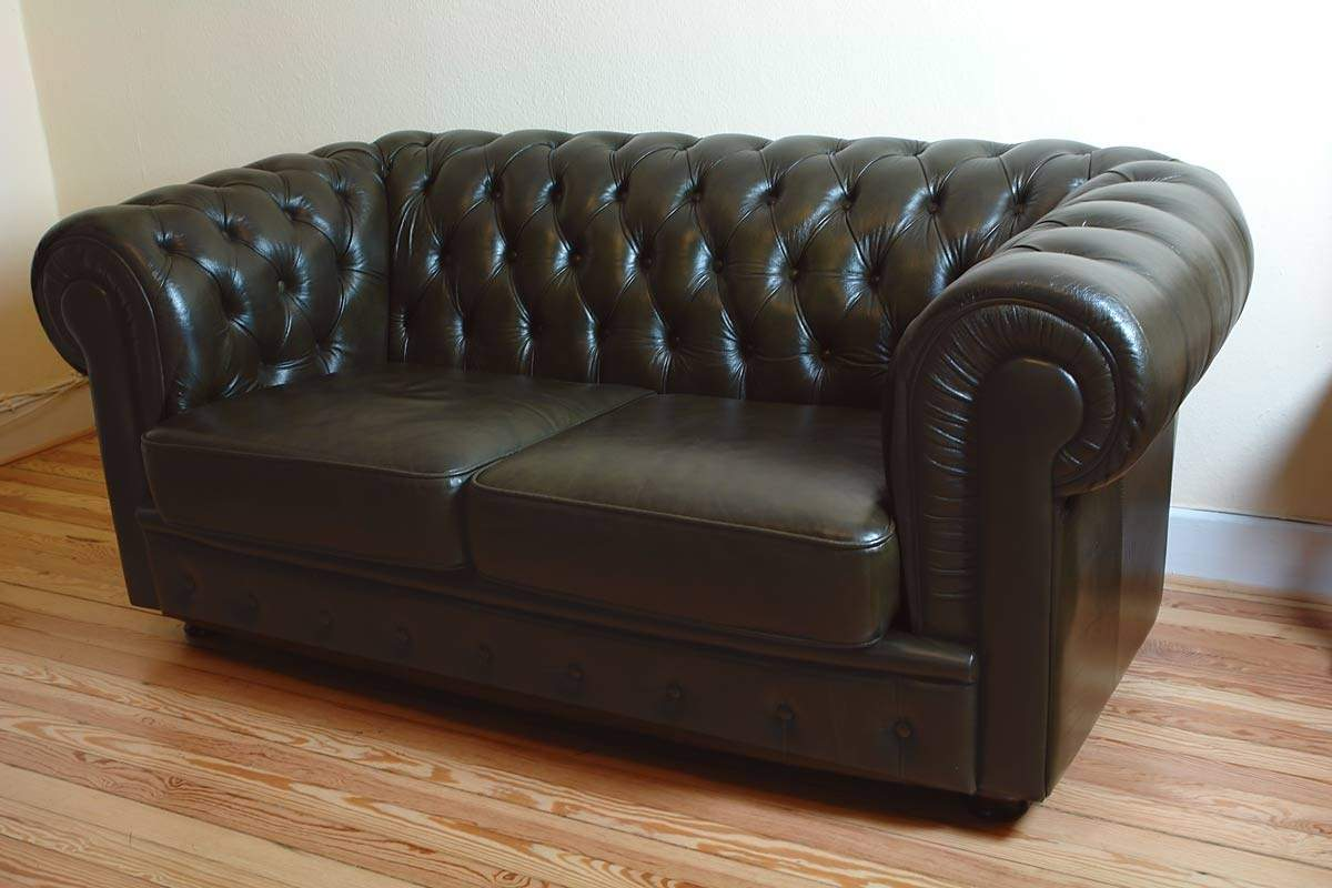 couch sofa ledersofa zweisitzer chesterfield 1009 ebay. Black Bedroom Furniture Sets. Home Design Ideas