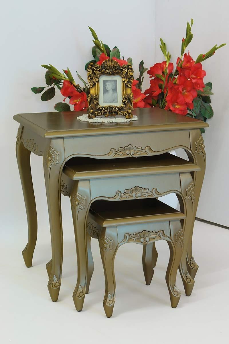 goldene tische beistelltische 3 teilig im antik stil 1226. Black Bedroom Furniture Sets. Home Design Ideas