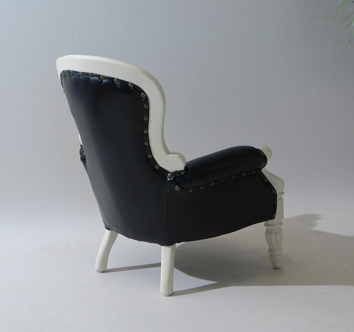 kinder sessel aus massivholz cremewei antik stil. Black Bedroom Furniture Sets. Home Design Ideas