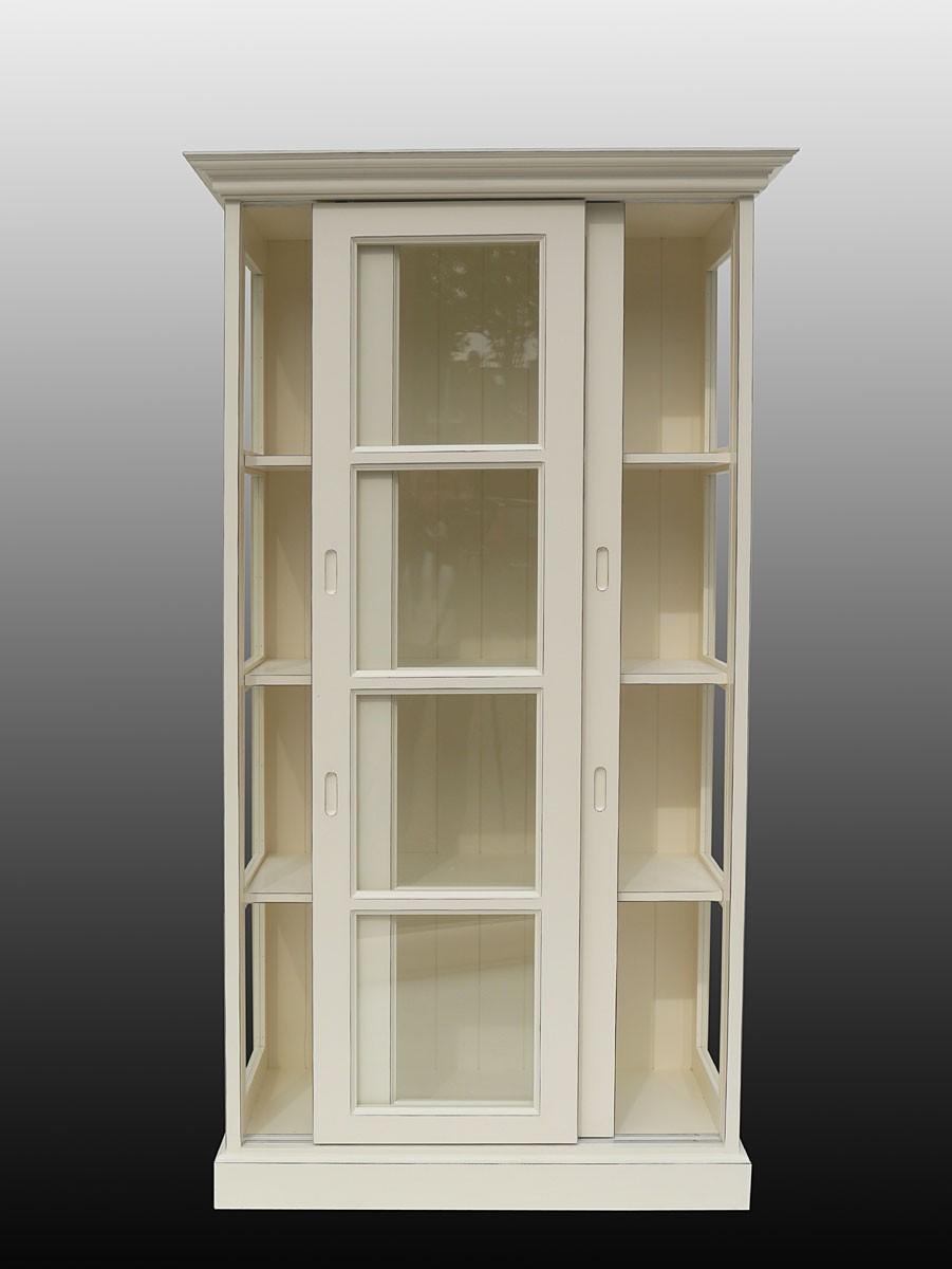 vitrine landhausstil mit schiebet ren in cremewei shabby. Black Bedroom Furniture Sets. Home Design Ideas