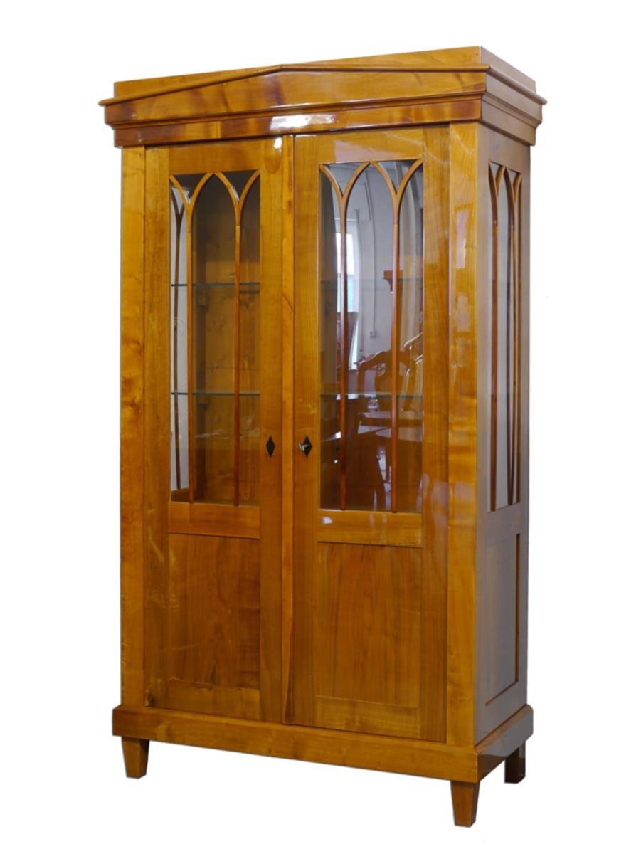 Vitrine schrank vitrinenschrank biedermeier 2 zeit for Kirschbaum vitrine