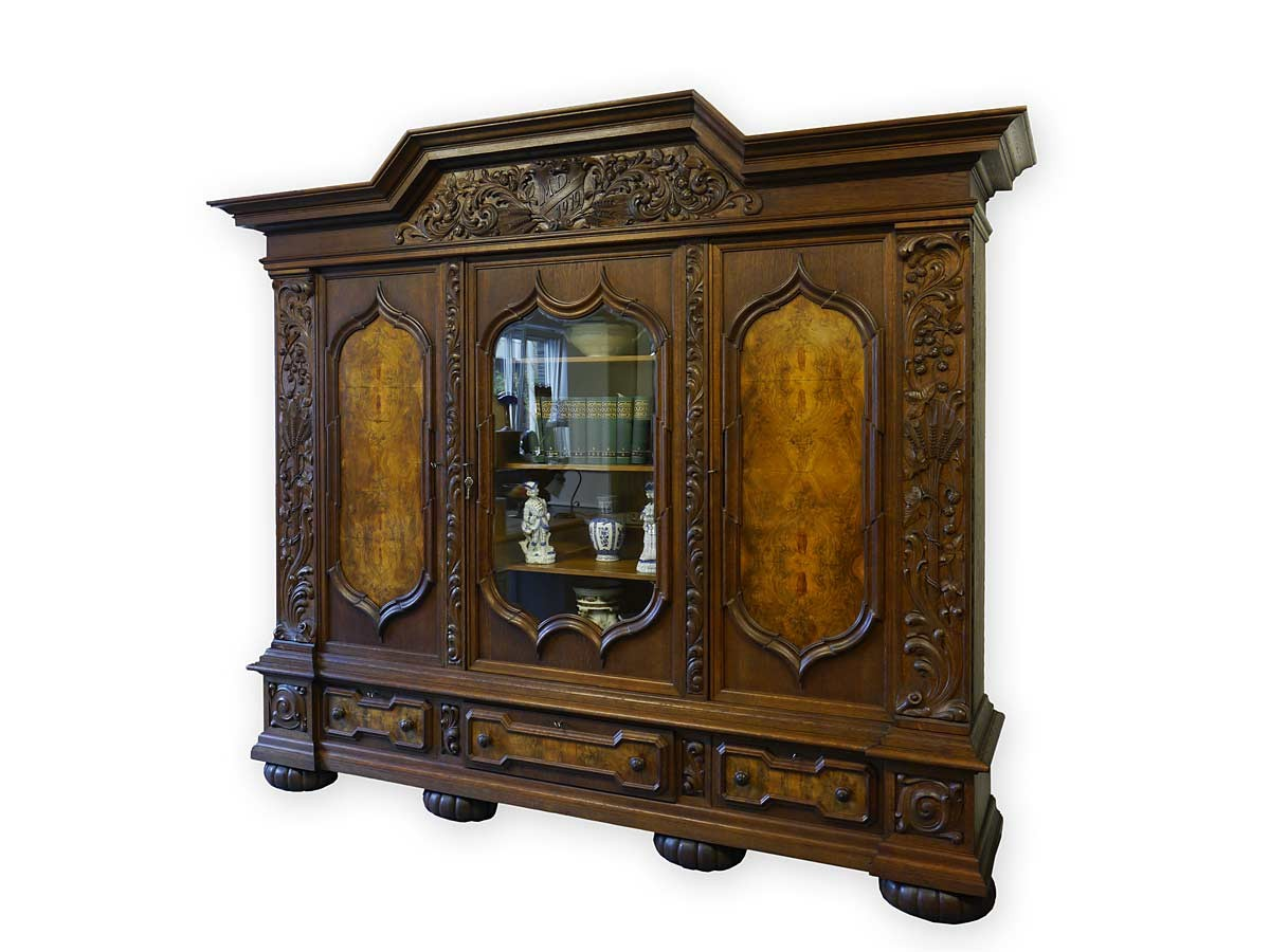 schrank vitrine dielenschrank neo barock eiche wurzelholzfurnier 2769 ebay. Black Bedroom Furniture Sets. Home Design Ideas