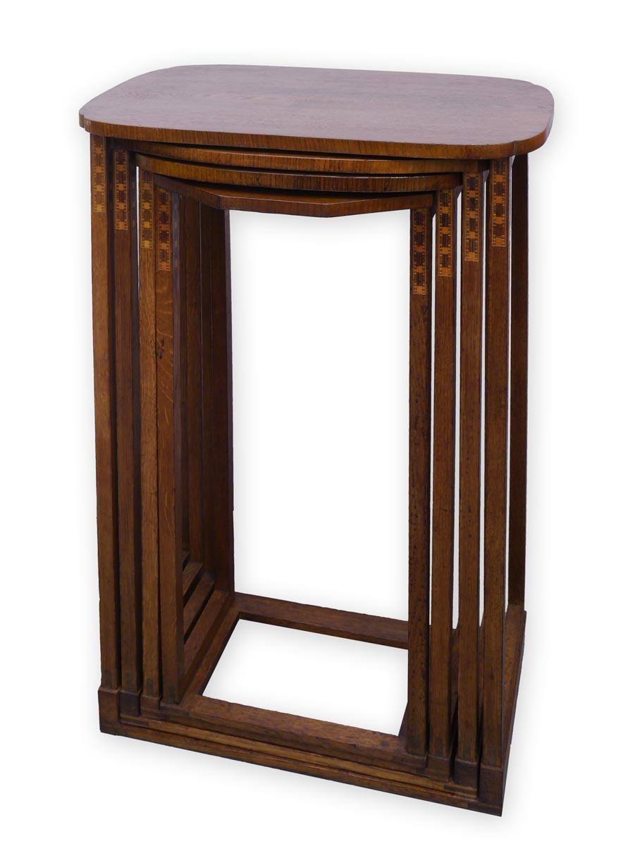 Beistelltisch antik  Beistelltisch Tisch Telefontisch 4 er Set Antik um 1920 mit ...