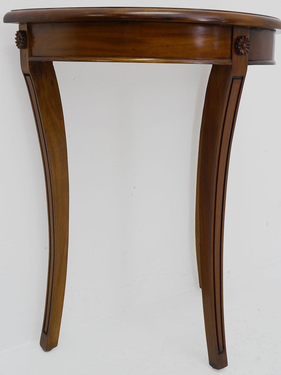 wandtisch im antik stil massivholz in nussbaum tische. Black Bedroom Furniture Sets. Home Design Ideas