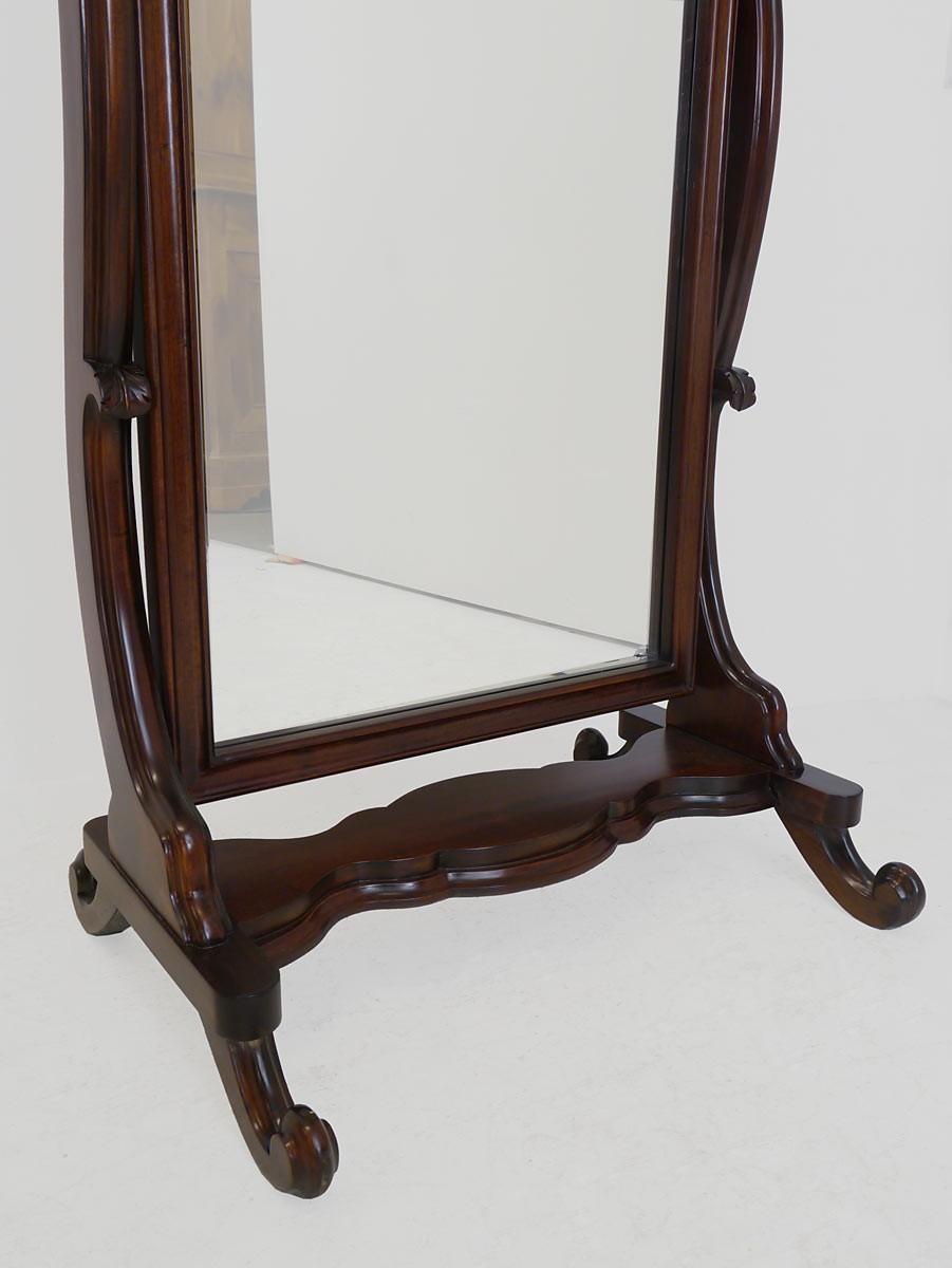 Spiegel standspiegel im antiken stil spiegel for Spiegel in spiegel