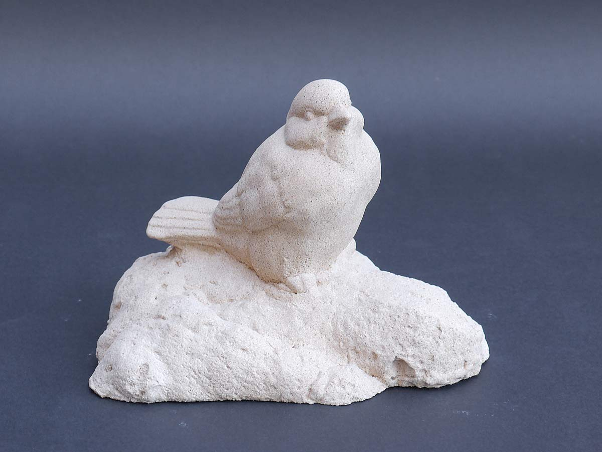 Sandstein skulptur figur spatz f r haus und garten 3888 for Figuren aus sandstein