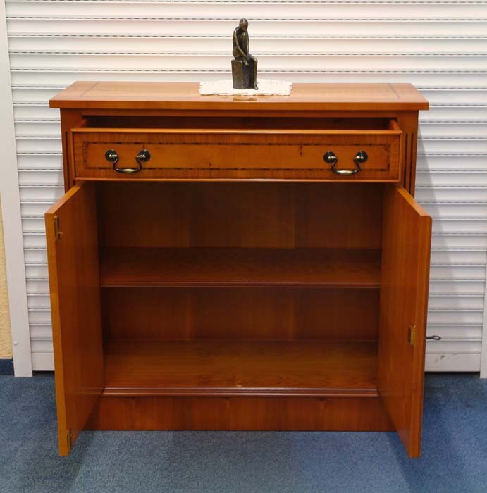 anrichte kommode sideboard eibe englischer stil seidenmatt 390 ebay. Black Bedroom Furniture Sets. Home Design Ideas