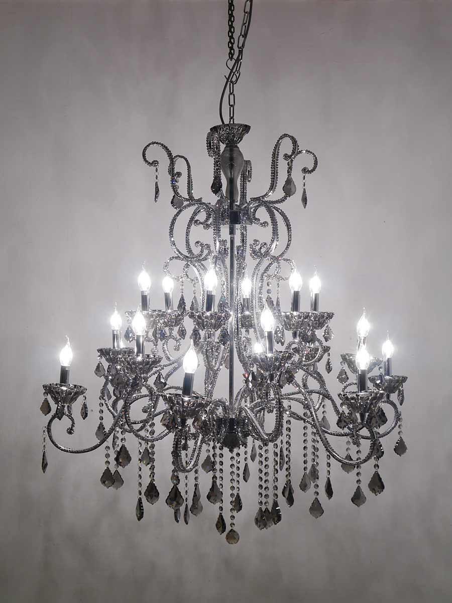 Stimmungsvoller kristallleuchter 18 flammig smocky lampen for Lampen deckenleuchten