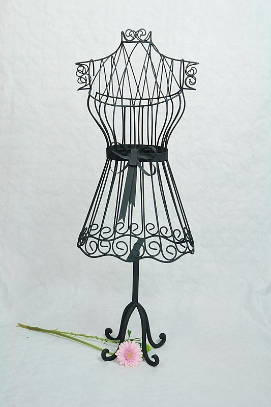 kleiderst nder f r kinder aus metall in schwarz dekoration. Black Bedroom Furniture Sets. Home Design Ideas